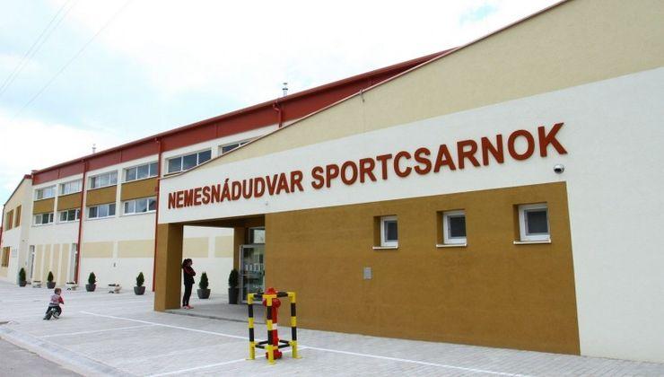 Edzőtábor, táborhely - Nemesnádudvar Panzió és Tábor - Sportcsarnok