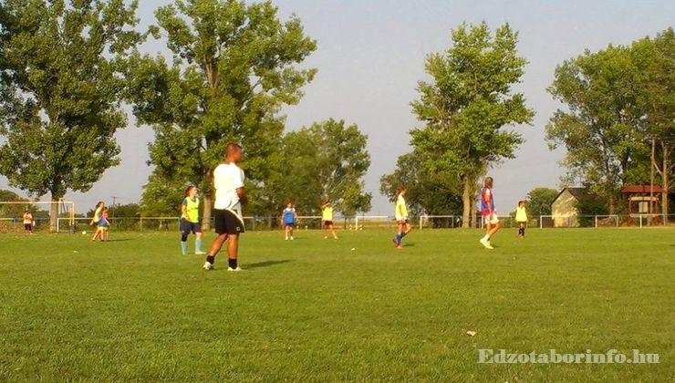 Edzőtábor - Jászboldogháza Ifjúsági Tábor - Futballpálya