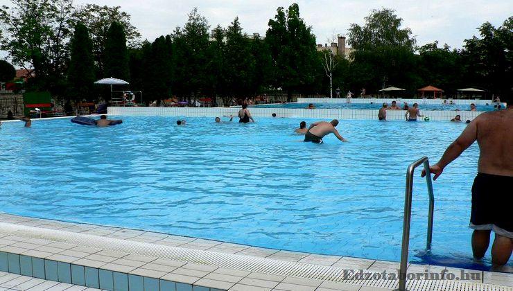 Edzőtábor - Jászboldogháza Ifjúsági Tábor - Strand