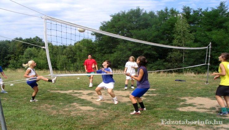 Edzőtábor, Őrimagyarósd Ifjúsági Tábor - röplabdapálya